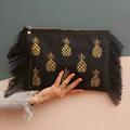 Elyse & i - luxe handbags Logo