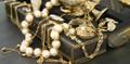 Estate Beads Logo