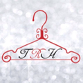 The Red Hanger Boutique logo