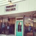 trendy trades Logo