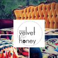 Velvet & Honey Logo